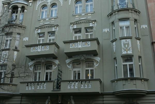 Mánesova 74, Praha 2